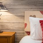 2014-woodland-rustic-lodges-bedroom