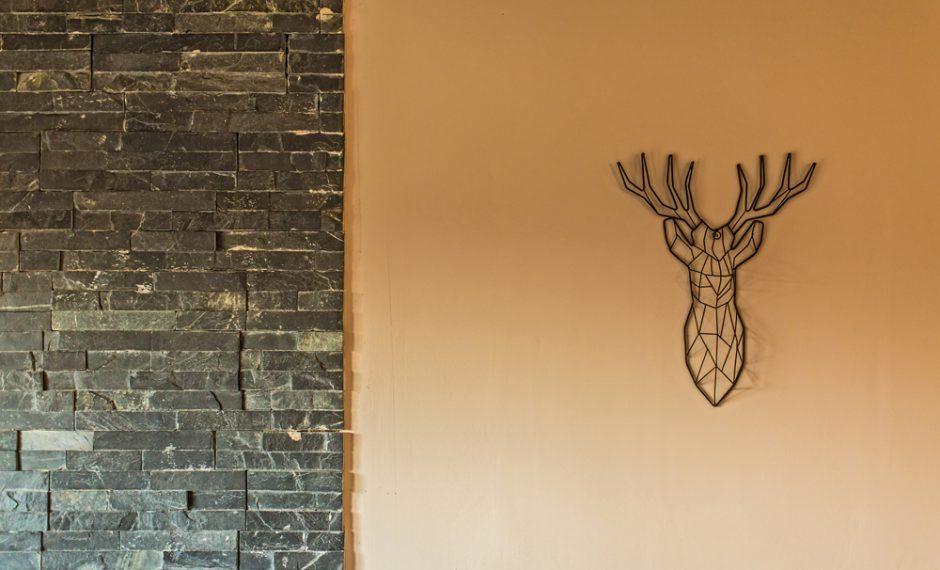 2 bed cabin wall art